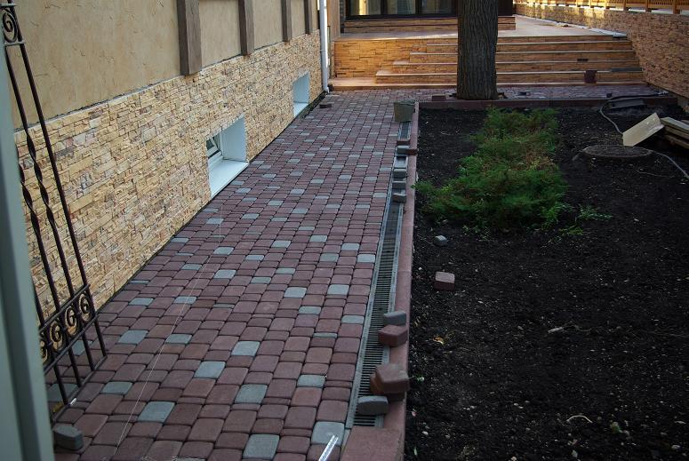 Укладка брусчатки на старое бетонное основание
